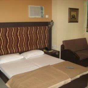 Albergues - Hotel Highway Residency