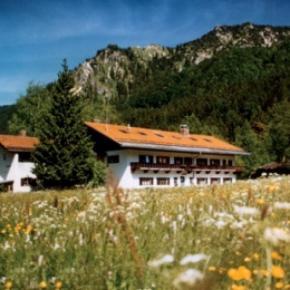 Albergues - Albergue Schliersee    /Jugendherberge Schliersee