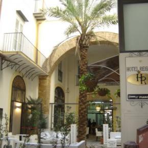 Albergues - Hotel Regina