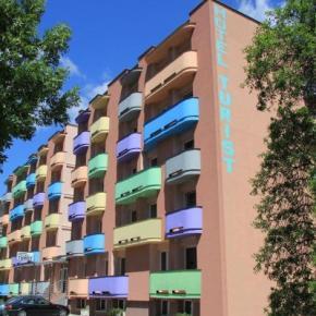 Albergues - Hotel Turist