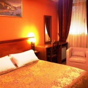 Albergues - Hotel Nobel Tirana