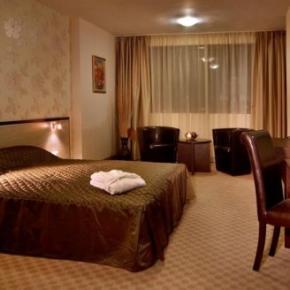 Albergues - City Avenue Hotel