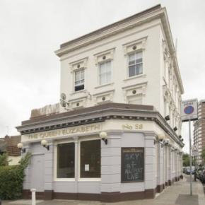 Albergues - Albergue Queen Elizabeth Pub &  Chelsea