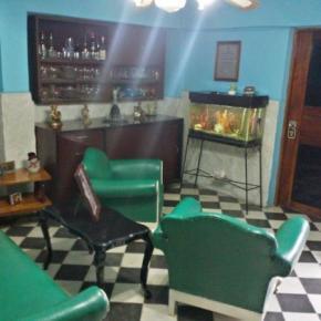 Albergues - 'Fernandez Room Rentals'