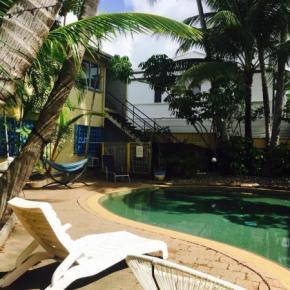 Albergues - Njoy! Travellers Resort
