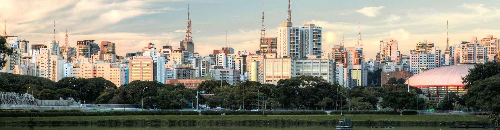 Sao Paulo - Apartamentos cerca de Aeropuerto Congonhas, São Paulo . Mapas de Sao Paulo, Fotos y Comentarios para cada Apartamento en Sao Paulo.