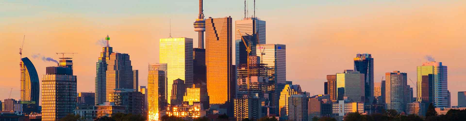 Toronto - Apartamentos in el distrito El centro de Toronto. Mapas de Toronto, Fotos y Comentarios para cada Apartamento en Toronto.