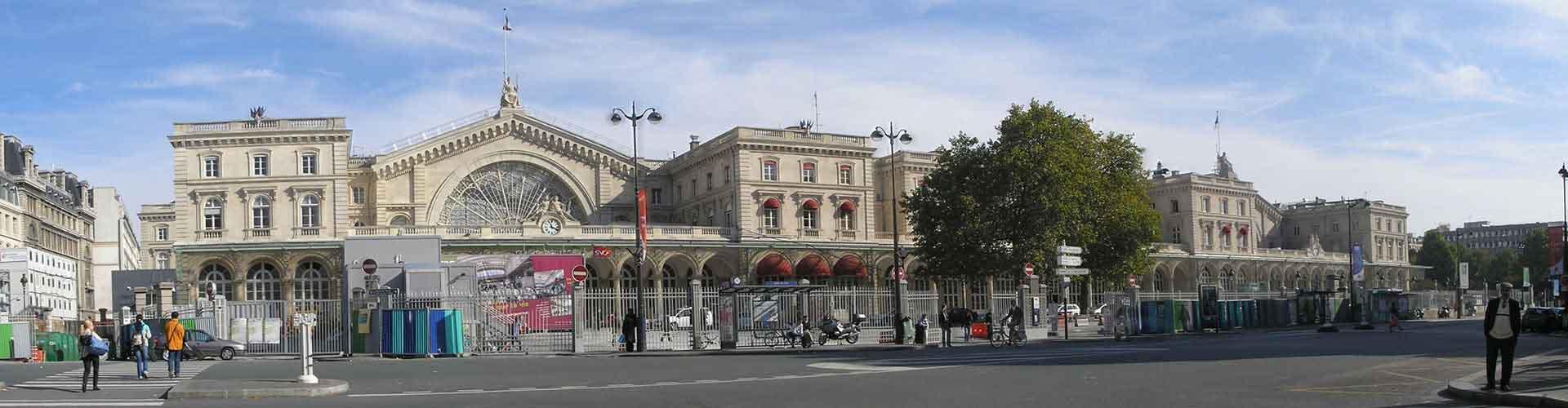 París - Albergues Juveniles en el distrito Dixième arrondissement . Mapas de París, Fotos y Comentarios para cada Albergue Juvenil en París.
