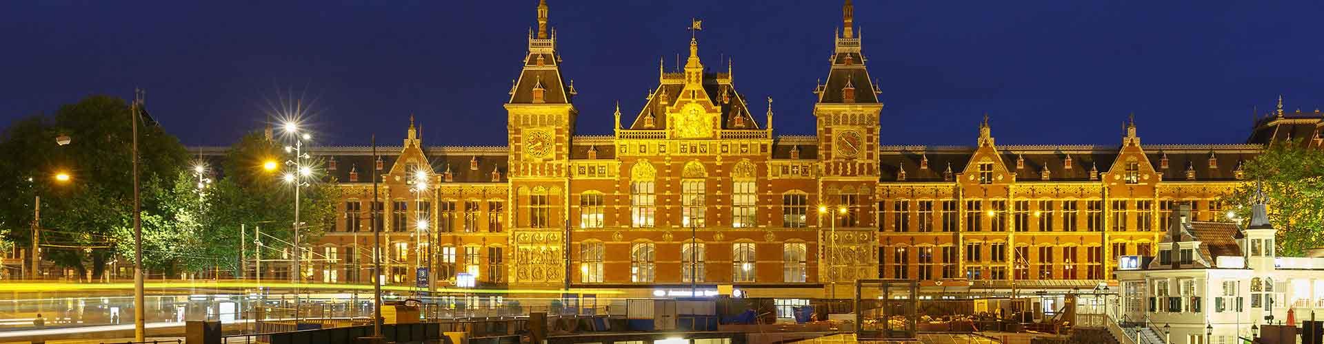 Amsterdam - Albergues Juveniles cerca a Estación de tren de Amsterdam Central . Mapas de Amsterdam, Fotos y Comentarios para cada Albergue Juvenil en Amsterdam.