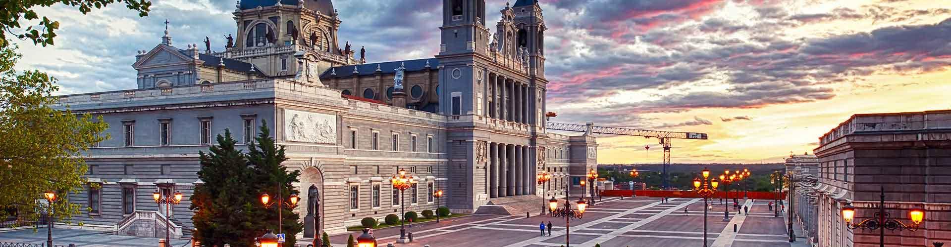 Madrid - Albergues Juveniles en el distrito Centro . Mapas de Madrid, Fotos y Comentarios para cada Albergue Juvenil en Madrid.