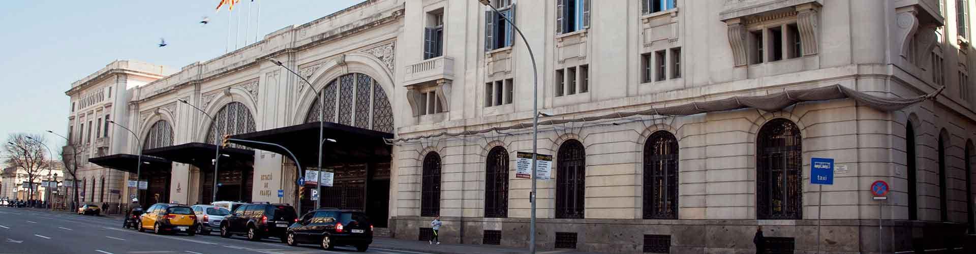 Barcelona - Hoteles baratos cerca a Estación de tren de França. Mapas de Barcelona, Fotos y Comentarios para cada hotel en Barcelona.